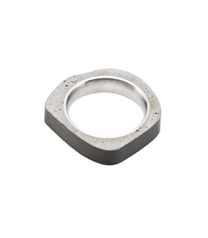 22 DESIGN STUDIO Concrete Ring - Round Thin