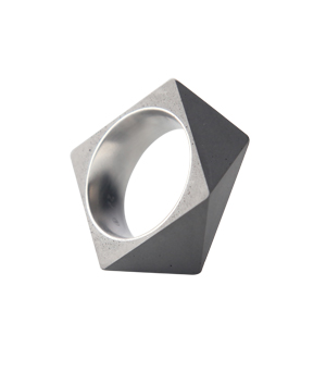 22 DESIGN STUDIO Concrete Ring - Polygon