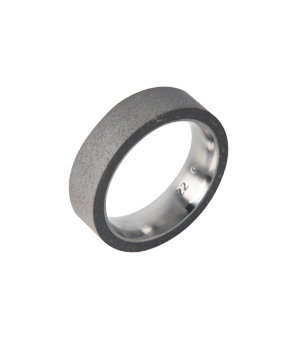 22 DESIGN STUDIO Concrete Ring - Tube Thin